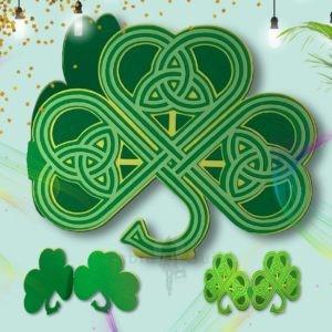 SVG cutting files - Three Leaf Celtic Shamrock SVG Greeting Card